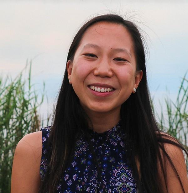 Stella Wang's headshot